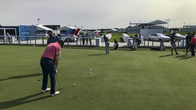 Playoffs putting practice at the BMW Championship.